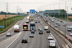 80 mph motorway speed limit: trials to start in 2014