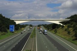 7 silly reasons to stop on the hard shoulder