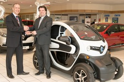 Arnold Clark customer becomes first Church of Scotland minister to use electric car