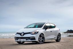 £750 cashback when you order a new Renault Clio, Captur or Kadjar