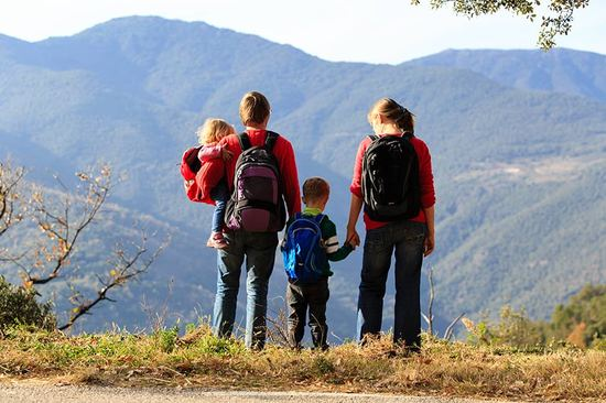 Plan the perfect family road trip with these handy tips.