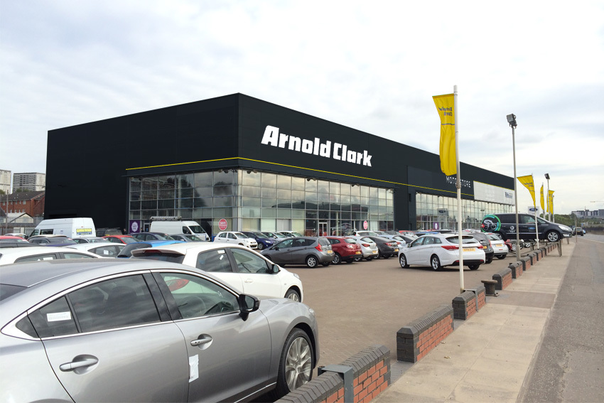 Machargs is now called 'Arnold Clark Motorstore', and is sporting the new Arnold Clark branding