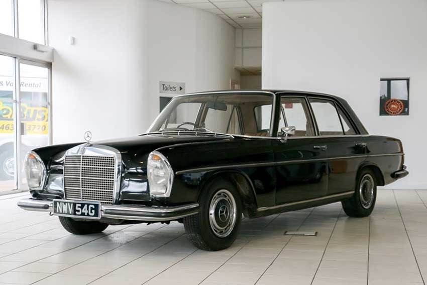 Sir arnold clark s classic cars part 6 1960s onwards for 1969 mercedes benz parts