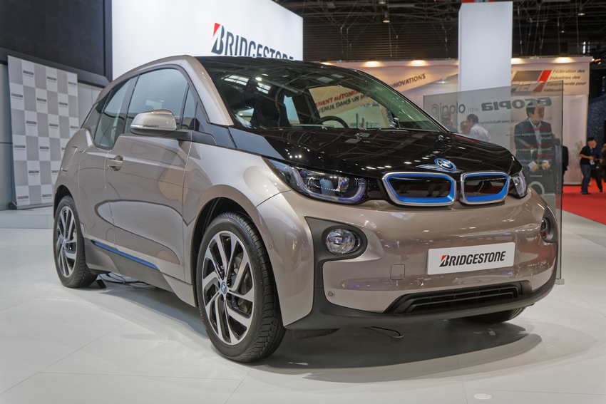 The i3 is the focus of BMW advert for this year's Super Bowl