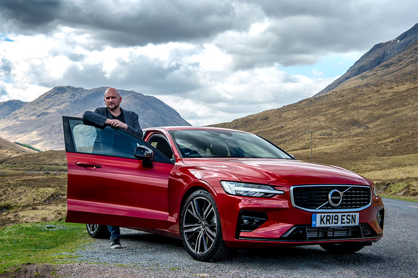Tim Barnes-Clay takes on the Volvo S60.