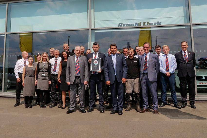 f533e610041b41 Arnold Clark Hamilton Road and Lenzie Vauxhall win Vauxhall Customer ...