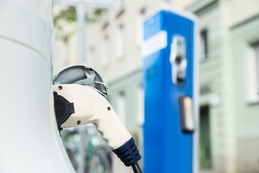 Electric cars are becoming increasing popular; make sure you know what benefits are available.