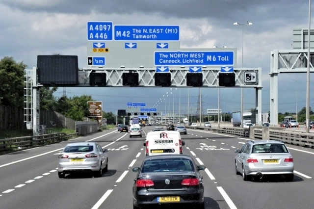 Many commuters drive on motorways every day.