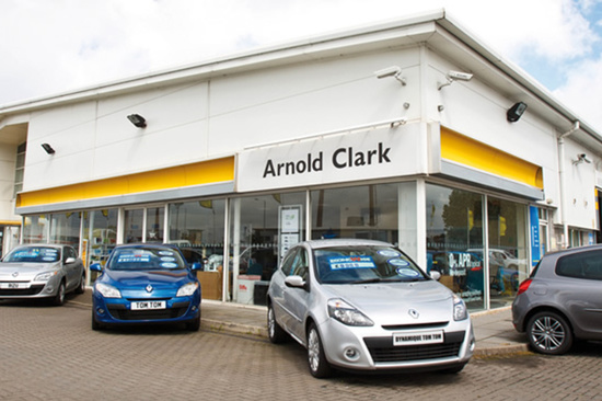 Renault/Dacia St Helens plays host to World Club Series official trophy tour