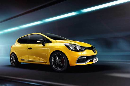 Grab a new Renault Clio with 2 years' free servicing