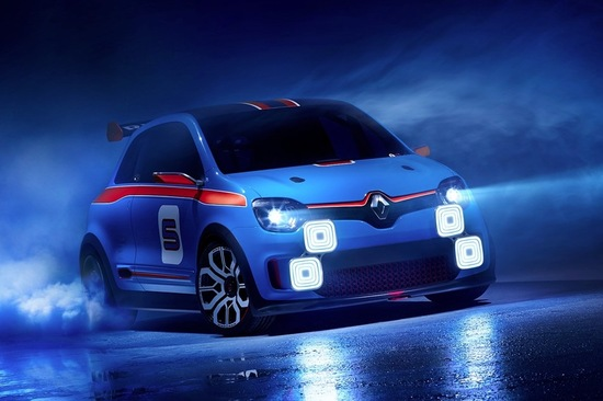 This one-off concept car has 18-inch alloys, a striking blue and orange paint job and 4 massive spotlights up front. Image: Renault