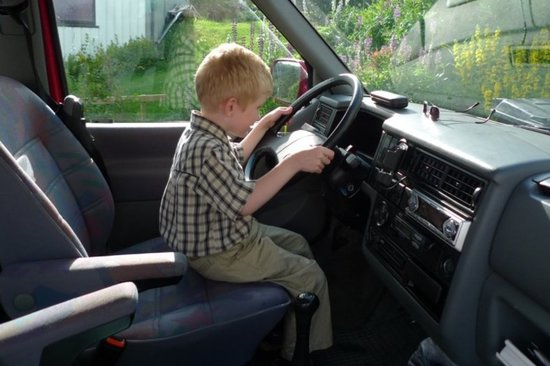 Men don't think they need any lessons - are they born better drivers?