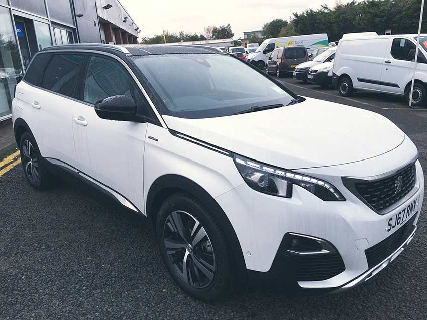 a spotlight on the all new peugeot 5008 suv